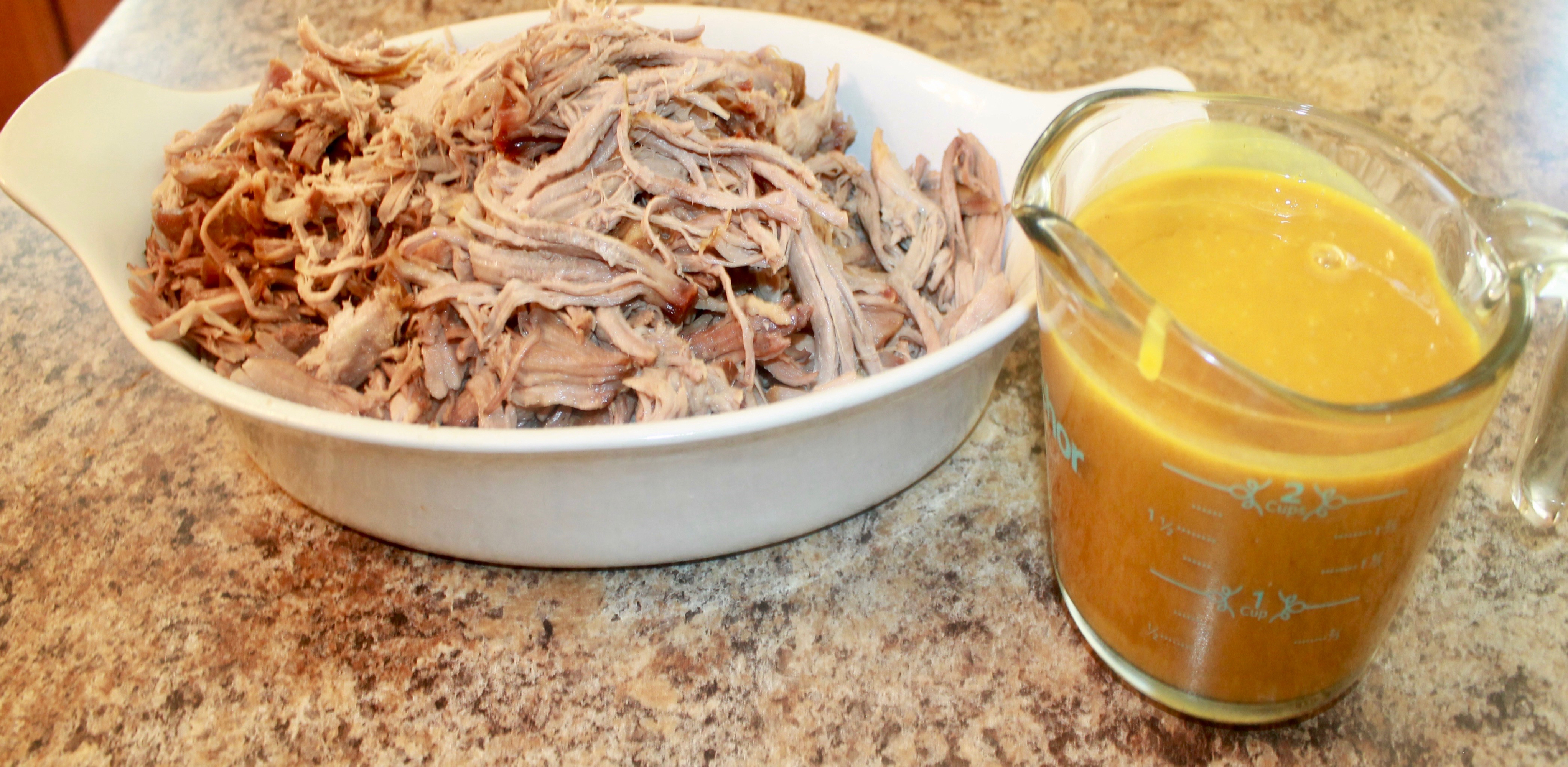 How to create a barbecue sauce for a pulled pork recipe