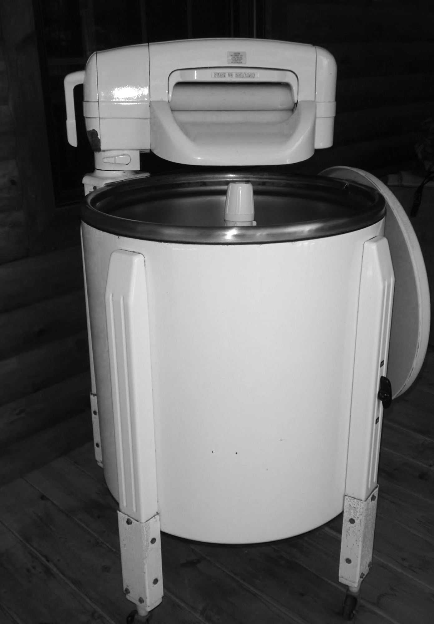 Vintage style washing machines