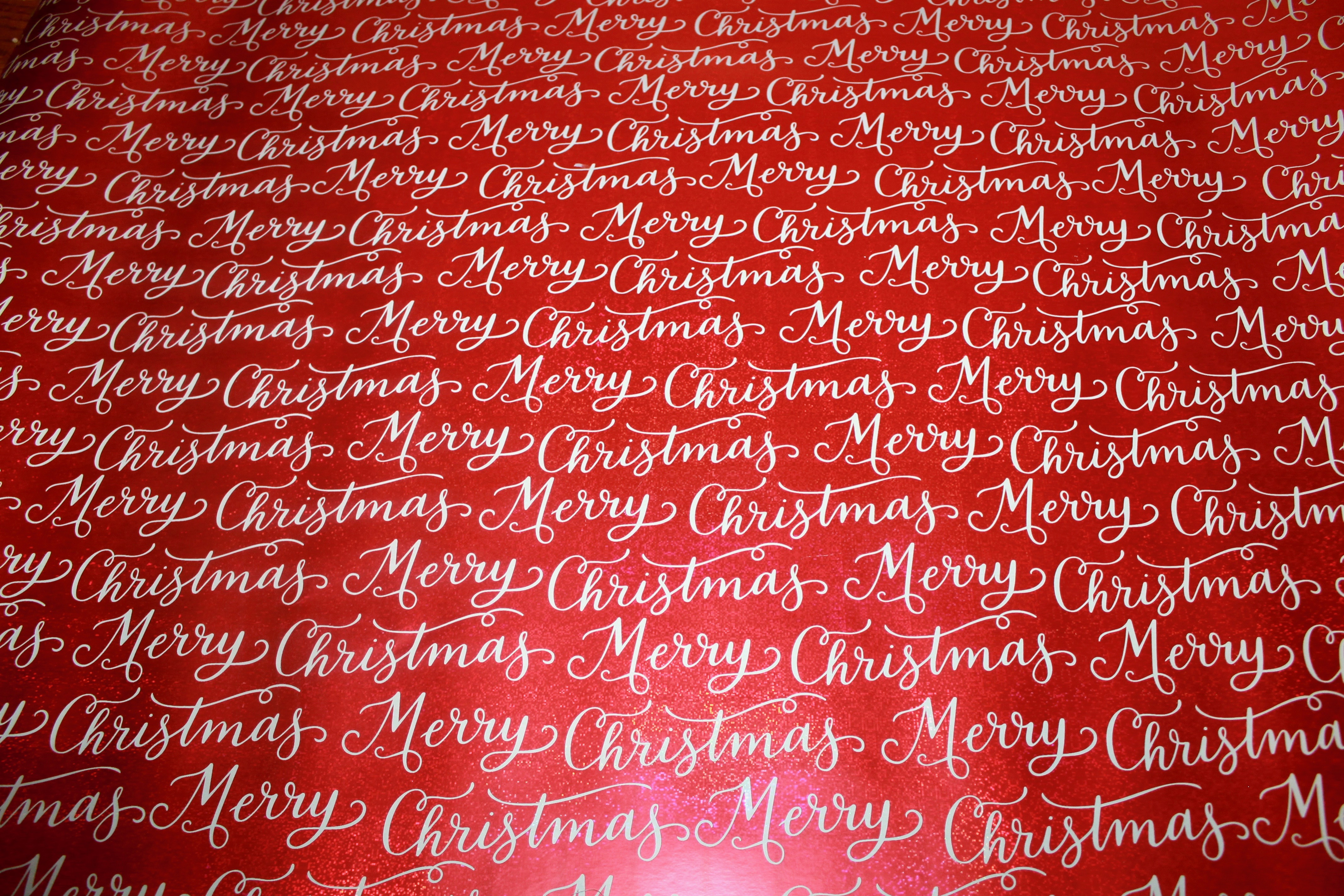 How to Create an Inexpensive Christmas Backdrop